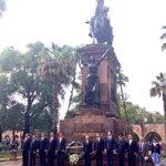 RT @Silvano_A: Hacemos Guardia de Honor a la memoria del Generalísimo José María Morelos y Pavón. http://t.co/NnsZ6Ltei2
