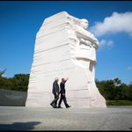 Modi, once banned in US for 2002 human rights record in Gujarat, visits MLK Memorial with Obama.  https://t.co/EwyLXqrxa8