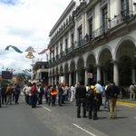 Cerrado el centro por manifestacion en el municipio @vialidadxalapa http://t.co/vm61CuGBbl