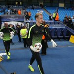 RT @MCFC: KEEPERS: Joe Hart and @willy_caballero are, as ever, the first players to emerge for warm-ups. #cityvroma #mcfc http://t.co/OZLke88N45