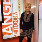 Have a question for @JoanLunden? Tweet your q w/#PinkPower & she might answer on air! http://t.co/UKctEC5e0X