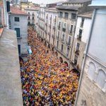 Girona també sha omplert per guanyar el 9N! Comencem la campanya més important de la nostra història! #araéslhora9N http://t.co/0RG5l0iIu9