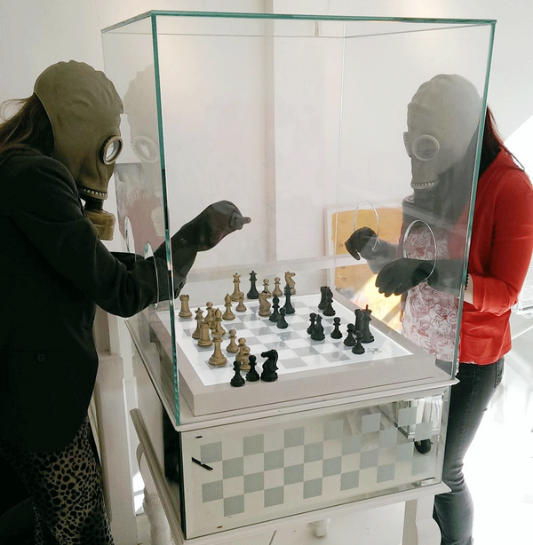 Played with @purlinglondon & @netterobinson on @TRaymonzrek's couture chess. More info http://t.co/wAKKysCQDb http://t.co/Phlymfay9H