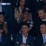 Alerte glamour à Paris : David Beckham, @Beyonce & Jay Z dans les tribunes du Parc des Princes ! #PSGFCB #PSGBAR http://t.co/Ji5b14ub6c