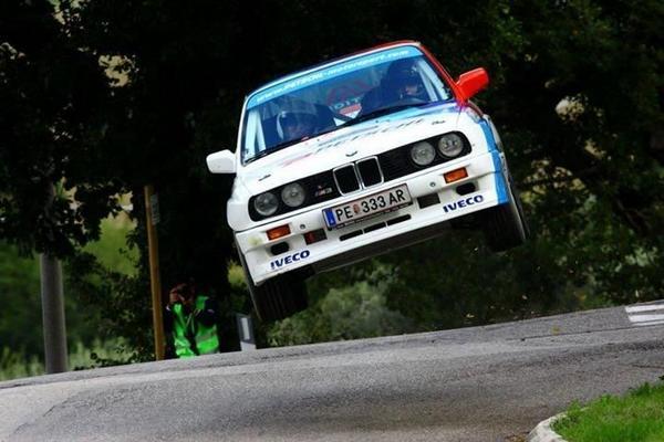 "YEEEHHAAWWW ""@Auto_Bear: RT @AutoBant: Onwards!!!  Warsteiner E30 M3 is an airborne treat :)   #BMW http://t.co/yn4LZpWDlF @m5manny"""