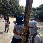 RT @lizardo_jesus: #30S UCV: FUERTE PROTESTA DE LOS ESTUDIANTES, CIERRAN ACCESO A LA UNIVERSIDAD Y FUERTE DE REPRESIÓN DE LA GNaziB. http://t.co/2h6Fad5Rn8
