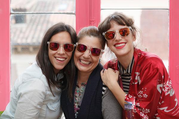 #sumatealrosa en apoyo contra el Cáncer de Mama.  Puedes conseguir las gafas en http://t.co/zYfKQ1r2az http://t.co/siW3ZLtXN0