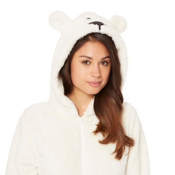To win 2 polar bear onesies, tag who you'd love to have a night in with! #TuesdayTreat http://t.co/GHS6cQkQSW http://t.co/jxDO5sASTR