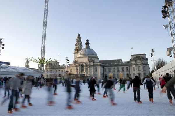 Polish up your ice skating skills, @CdfWntrWndrLnd is back for another year, opening on Nov 13! http://t.co/EDYaqapyLf