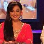 Gulabi aankhen... Wth fever that is::) on set
