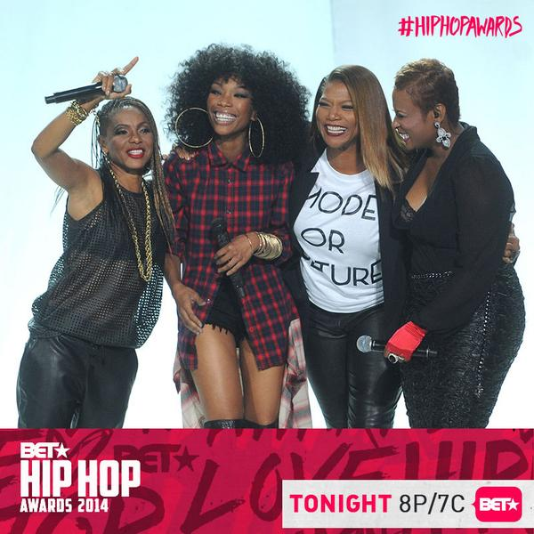 This is a great #hiphop moment! @OFFICIALYOYO, @IAMQUEENLATIFAH, @4everBrandy, @mclyte!!! #HipHopAwards #IwannaBeDown http://t.co/JBmZyttG2A