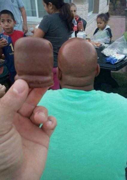 chocolate marshmallow looks similar http://t.co/dLIk3nkI44