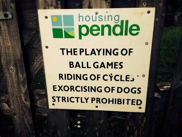 Pendle. A safe haven for possessed canines. http://t.co/oFNK1cJACA
