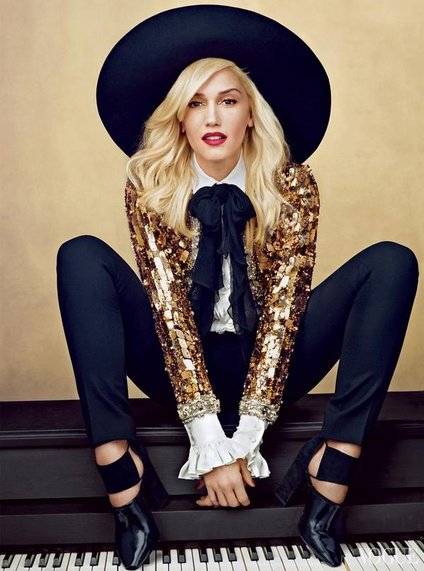 Black. Don't. Crack. RT @eonline: Happy Birthday to Gwen Stefani! Can you believe she's 45 today?! #FLAWLESS http://t.co/Q1ppBCb5mS