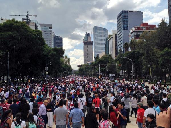 Irais Rasgado (@iraisrs): En breve la resolución para los chicos del IPN #TodosSomosPolitecnico http://t.co/rGIm4rHcel