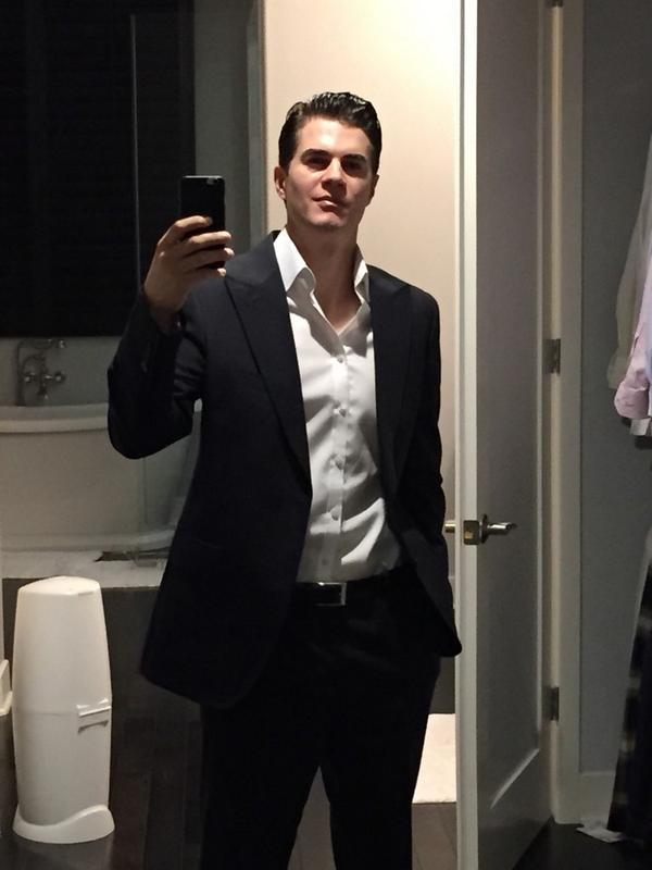 Dr. WILL KIRBY (@DrWillKirby): Can someone please explain why I wasn't offered the lead role in 50 Shades of Grey? http://t.co/eKOhDxrDaS