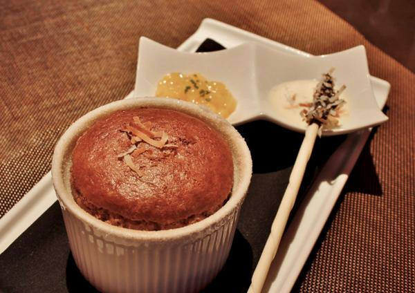 Have a Friday night #DateNight with a milk chocolate coconut souffle ending, to sweeten up your night @TenderLV! http://t.co/UZ9VdHKJ9e