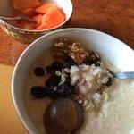 Send me a picture of ur breakfast. Healthy weekend. http://t.co/XOrYMg8NIY