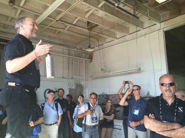 .@RichardGarriott appears to be enjoying a visit to @mastenspace today. @xprize http://t.co/BZH8VJagTy