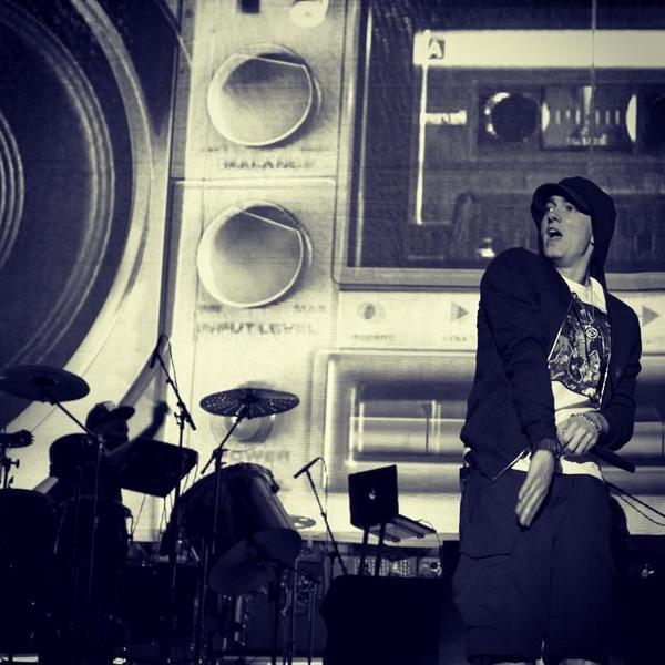 Slim Shady. @Eminem @aclfestival  #MarcoAtACL #ACL2014 #ACLFest http://t.co/wvIt0OGjwo