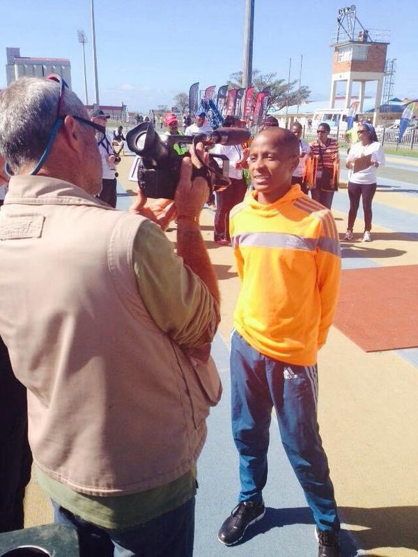 @lebomasike winner of  21km @legendsmarathon @LusaphoApril @teamlusapho #absolutelyamazing #CONGRATULATIONS http://t.co/veevifnE1q