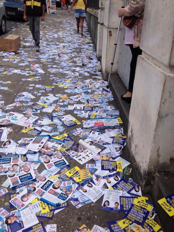 Para denunciar crimes como esse use #DiaDoVoto. #Eleições2014 http://t.co/byuyQaJFw9