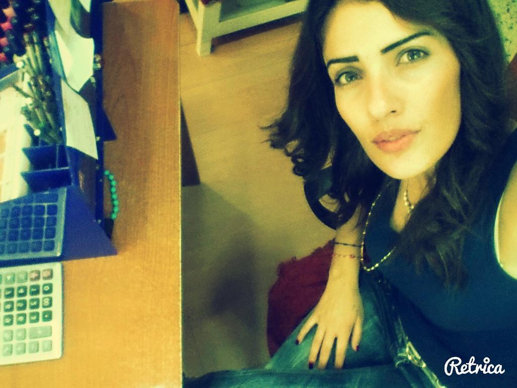 RT @ChamiramDH: @dinah :$ wahayde a7la #selfie la ahla diinnnna <3 http://t.co/w04vSaQw17