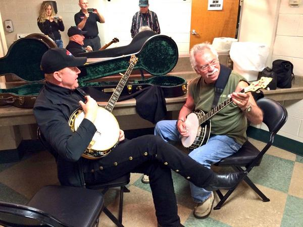 Picking my brand new custom made banjo thanks to my brother and banjo legend @ToddTaylorBanjo THANKS TODD!!! http://t.co/ORgBZEV1JO