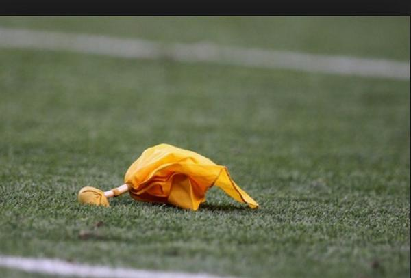 Every #Steelers game... Black and: http://t.co/o917I7EKos