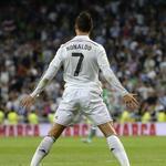 RT @futmais: Cristiano Ronaldo na carreira: 699 jogos 447 gols 141 assistências 16 títulos https://t.co/KArTxQtfHv