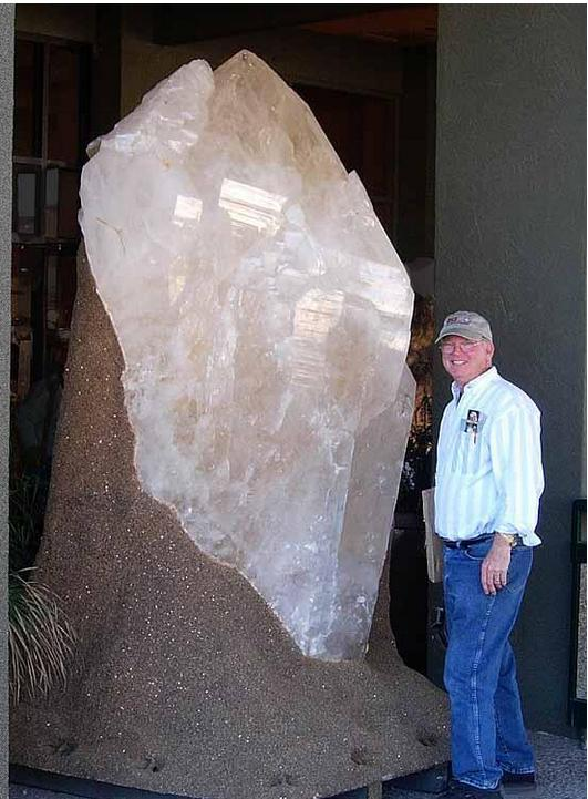 Man-size quartz crystal at the 2008 Tucson Gem and Mineral Show. (photo by Tom McGuire) http://t.co/4SAhpADI5H