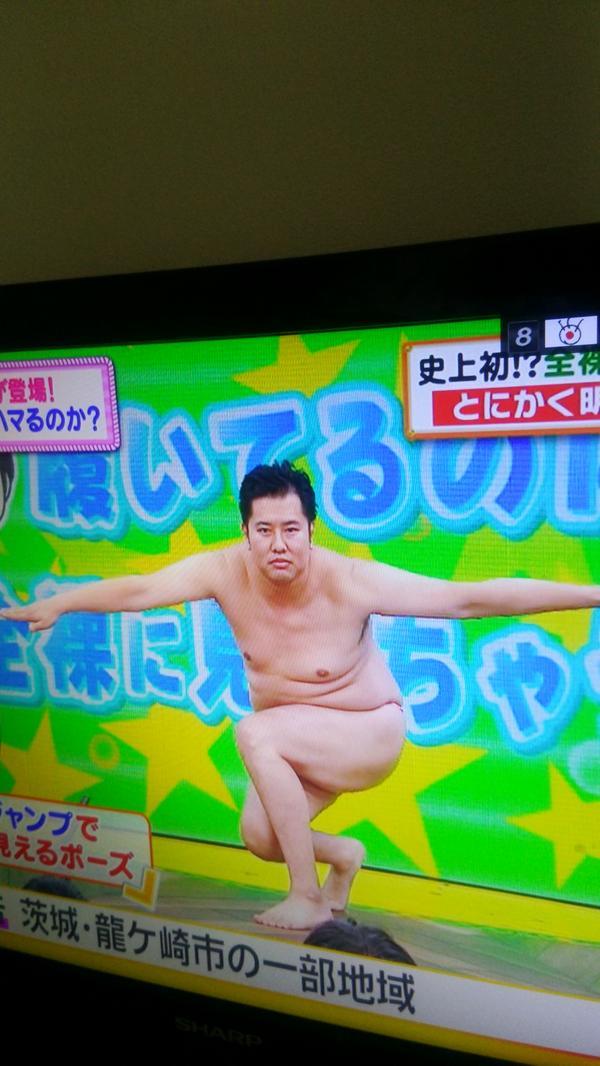 TBSでコント番組やって、NHKで新人演芸大賞獲って、……フジテレビで今これ  彼は凄い http://t.co/VqJ38iCP7V