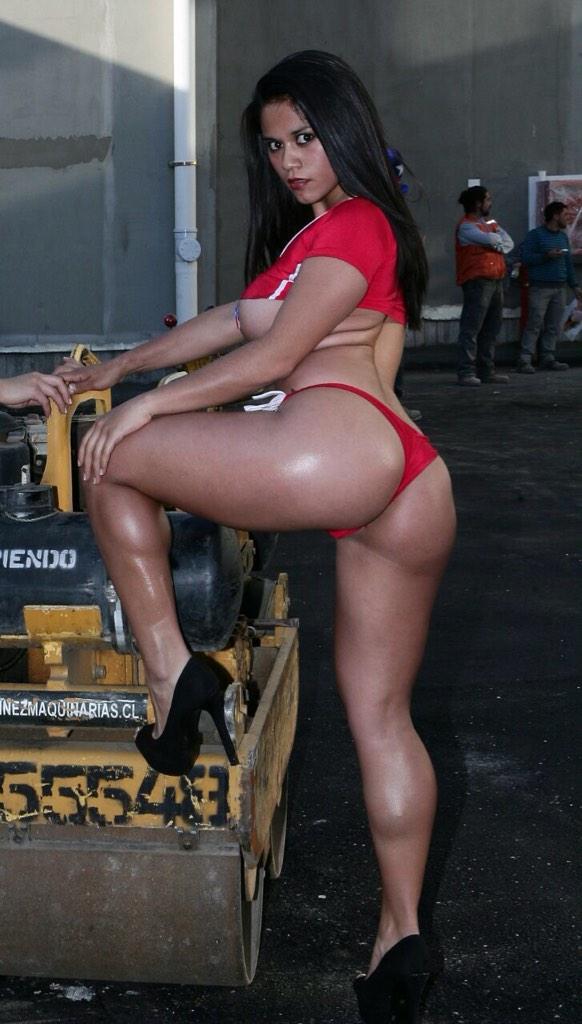 Ex Pololo de Jhendelyn Núñez la engaño con esta mujer... Yeni... http://t.co/A0TAndPsIb