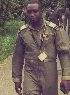 This is a photo of Wing Cmdr. #ChimdaHedima (1975 - 2014) He died fighting terrorism in #Nigeria. It's my new avatar. http://t.co/vswQZnZZM3
