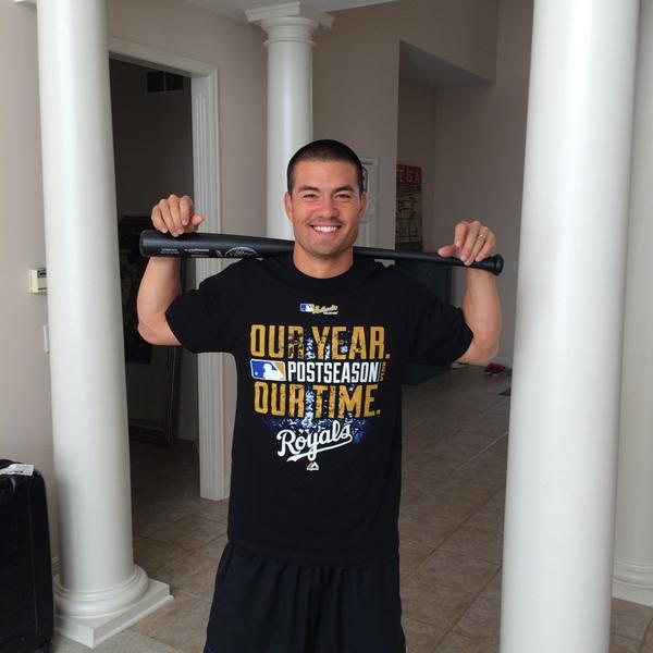 RETWEET if you would like this shirt we wore last night after winning ALDS. Sz Large 100%Cotton http://t.co/WMBP3jz154
