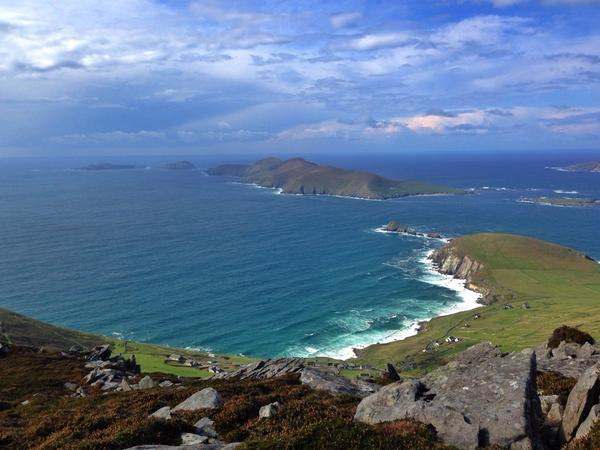 Ireland is kind of like out of this world beautiful. Goodness. #2014ATWS @Failte_Ireland @adventuretweets http://t.co/gUvH4ys2wp