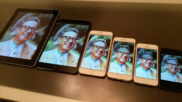 iPad、iPad mini、iPhone6 plus、iPhone6、iPhone5、iPhone4Sと6サイズ揃ったんで、ヅラ〜っと並べてみました。 http://t.co/GNSJzUCigD