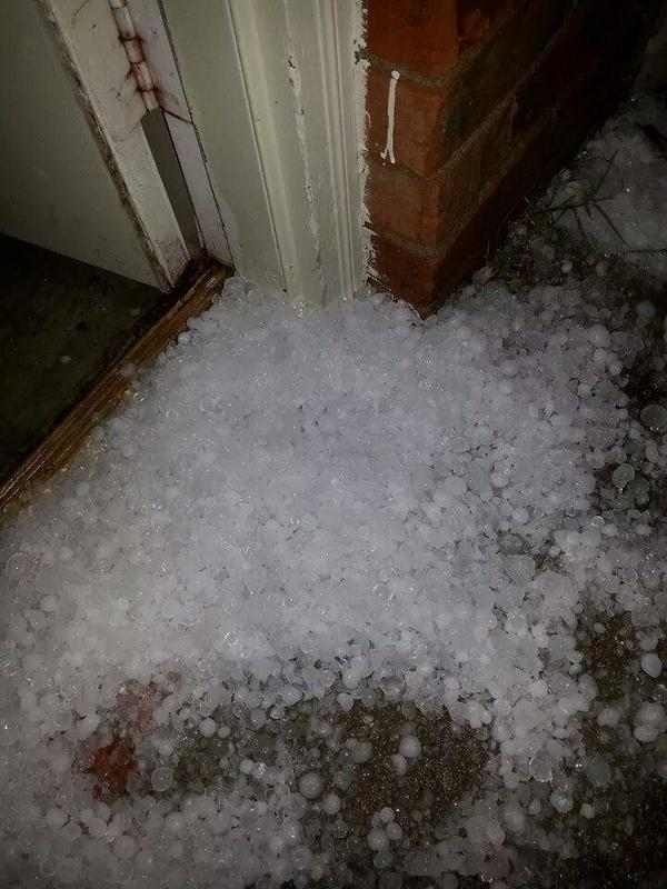 More hail from Murfreesboro #liveonfox17 http://t.co/G2BicitCRs