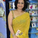 RT @amitdeb343: Pic of d day..#Divya...looking so Pretty..@divyadutta25 http://t.co/IXC2EZauPl