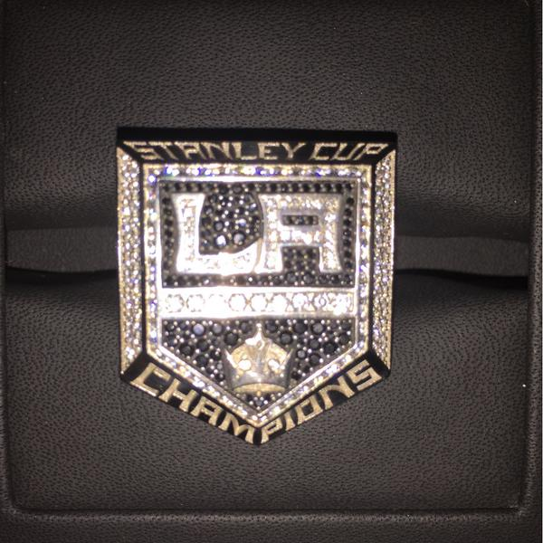 This is pretty special. But my favorite ring…… Is still the next one. @lakings http://t.co/q0lNmwjqud