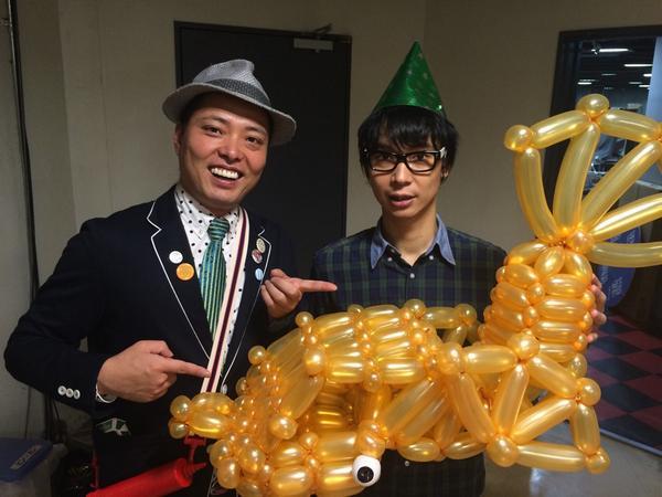 ブロードキャスト!!房野さんのお誕生日プレゼントにしゃちほこを作りましたわぁ! 名古屋からの期待の星の兄さん。 お誕生日おめでとうございますー!! http://t.co/VLExdVE7On