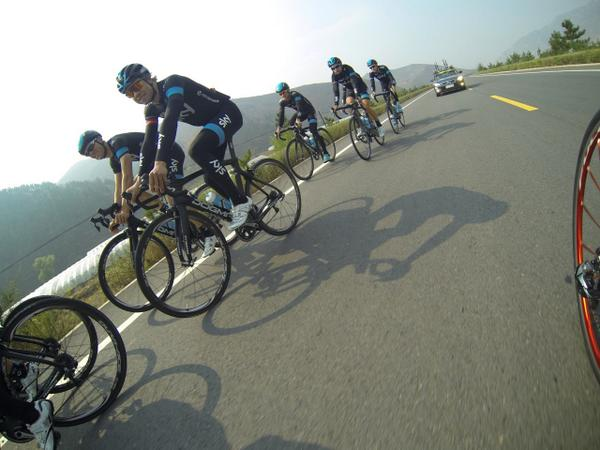 It was a nice day for riding in Chongli as team's prepare for Friday's #ToB2014. @TeamSky enjoyed the sunshine. http://t.co/YkT1NWTaDp