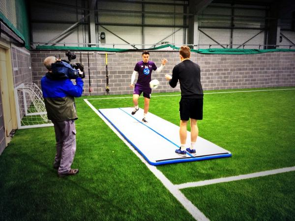 Yes, that IS a ball @GeorgeThorne15's feet! An insight into his injury rehab tonight on @bbcemt #dcfc #dcfcfans http://t.co/Y1VcYoZeLw