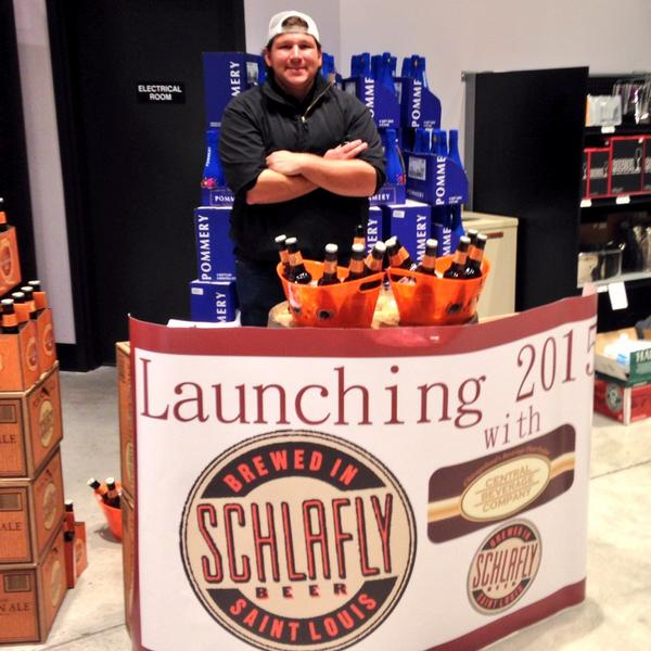You guys... @Schlafly is now available in Chicago!!! http://t.co/Hj1EB0vqP0