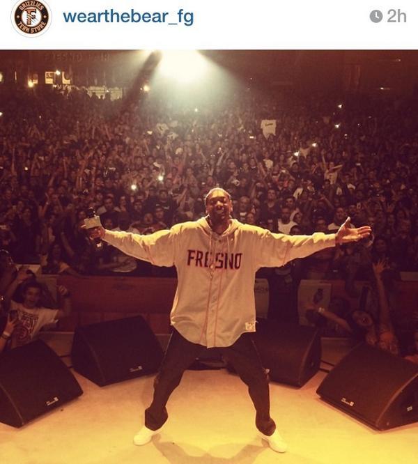 Snoop reppin' Fresno http://t.co/TWN9IUw2bf