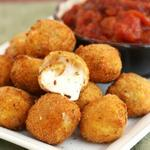 """""""Cheese Balls ???? http://t.co/0YnA98145T"""