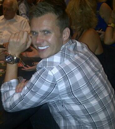 Picture sent to us by @1whit85 of DW at Las Vegas xx http://t.co/R8IMn63fPW