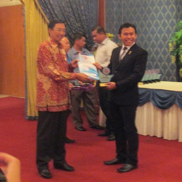 #InfoIPM Ikatan Pelajar @Muhammadiyah kembali raih Asean TAYO Award #IPMJAYA @PPIPM @fidaafif http://t.co/XBiJoWSU3G http://t.co/gItZ93IxF3