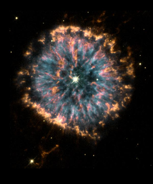 #SolarSunday Beauty is in the eye of the beholder. Check out this beautiful image of planetary nebula NGC 6751) http://t.co/VH2uOtHljJ