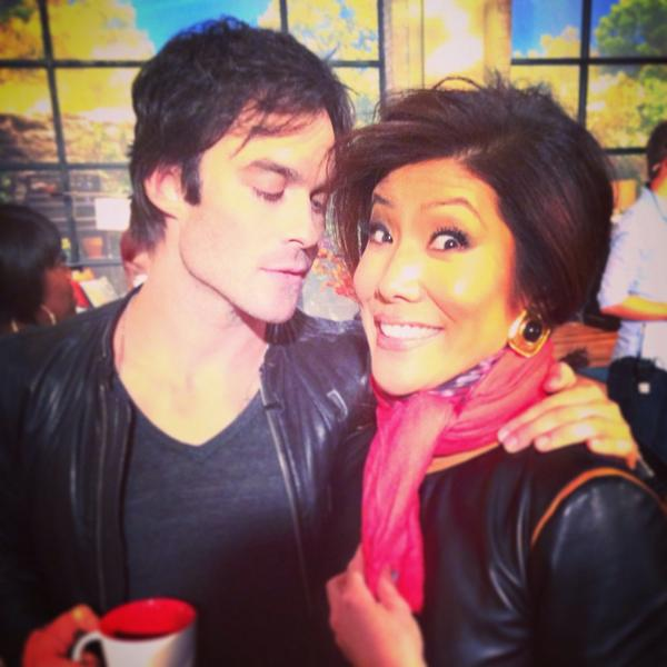 """#TVD's @iansomerhalder !! covered my neck, didn't want to take any chances in case """"Damon"""" showed up! @cwtvd #TheTalk http://t.co/cP38qiNDtg"""